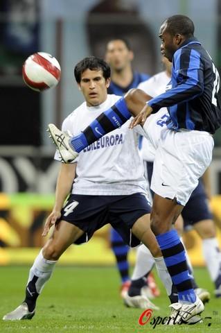 图文-[意大利杯]国际米兰VS拉齐奥苏亚佐担重任