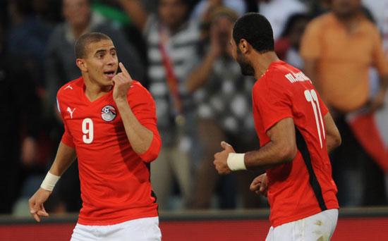 图文-[联合会杯]巴西4-3埃及齐丹与绍基开心庆祝