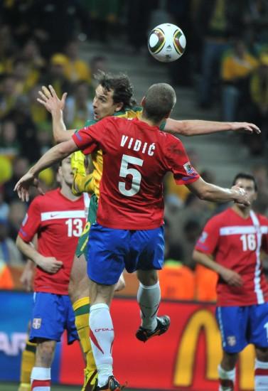 图文-[小组赛]澳大利亚2-1塞尔维亚维迪奇争顶