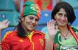 葡萄牙美女球迷挥手