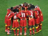 加纳队互相鼓励