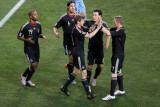 德国队庆祝进球