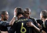 德国队互相拥抱