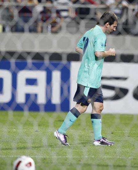 图文-[热身赛]韩国明星队2-5巴萨习惯了在巴萨进球