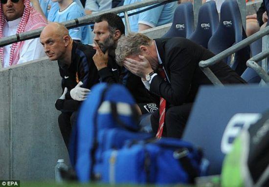 吉格斯对场上曼联球员表现很焦虑