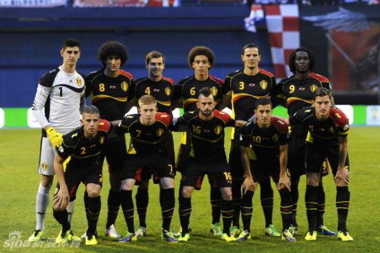 比利时在近日世预赛上的首发11人