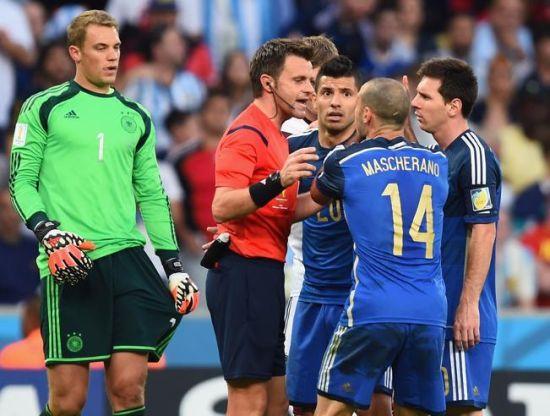 里佐利世界杯决赛是与梅西等人争论