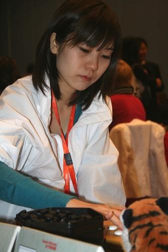 图文-智运会围棋女子团体赛第5轮日本美女铃木步