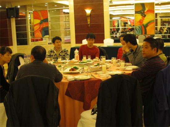 大连队在晚宴中