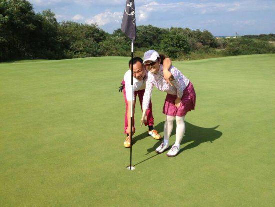 """""""   阿那亚球场位于皇岛市昌黎县黄金海岸,是世界著名高尔夫球手"""