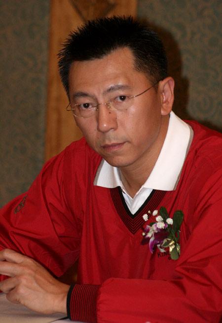 图文-FGT加盟球会总经理工作会议桂林漓江李旭鹏