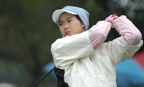 图文-美的女子精英赛首轮大力出击
