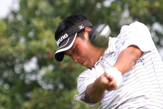 图文-中巡麓山锦标赛第三轮李政芳18号洞开球