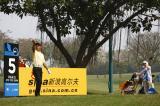 图文-戴尔锦标赛决赛轮战况吴伟煌测试风向