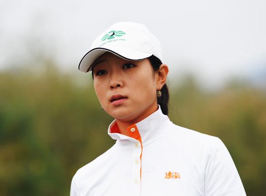 图文-俱乐部联赛总决赛首轮职业球员李维