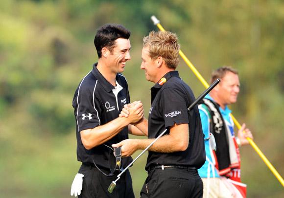 图文-高尔夫世界杯第3轮战况英格兰配合出色