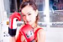 UFC澳门赛华裔任举牌女郎