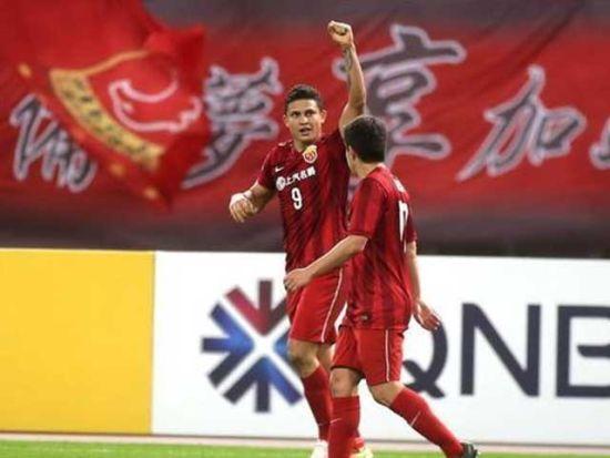 视频集锦-武磊2传造点埃神破纪录 上港3-1晋级
