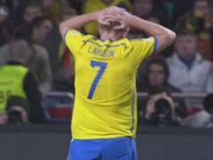 视频-拉尔森拉弓射箭袭门 葡萄牙门将飞身救险