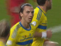 进球视频-瑞典角球造必杀 伊布禁区头槌扳平比分