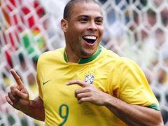 视频-大罗世界杯15粒进球回放 两破卡恩永恒经典