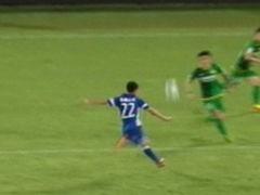 进球视频-吴曦半转身贴地箭 直入远角扳回一球