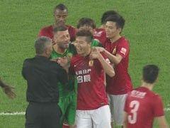 视频-黄博文遭背后侵犯挥肘还击 一看是马五爷乐了