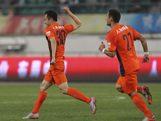视频集锦-萨利2助攻冯仁亮双响 人和2-0建业