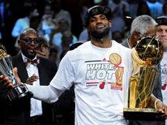 NBA视频-21日官方最佳球员 总冠军MVP詹皇双喜临门