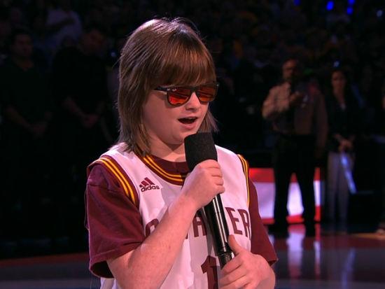 G6盲人女孩唱国歌