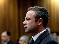 视频-刀锋战士再次出庭 情绪失控当庭恶心呕吐