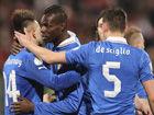 视频集锦-巴洛特利双响布冯扑点 意大利客场2-0