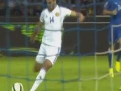 进球视频-姆希塔良巧送直塞 队友推射远角拔头筹