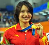 女子100米蛙泳季丽萍夺冠