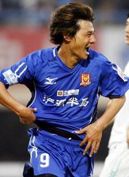 李毅08首球一击致胜陕西客场2比1胜辽宁稳居榜首