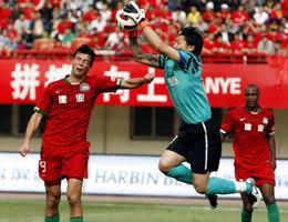 安古洛造点+扩大比分上海客场2-1送河南四轮不胜
