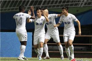 中超-周海滨烈鸟传射泰达客场3-2胜富力6场斩5胜