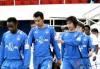 图文-厦门蓝狮0-0长沙金德厦足队员登场已无底气
