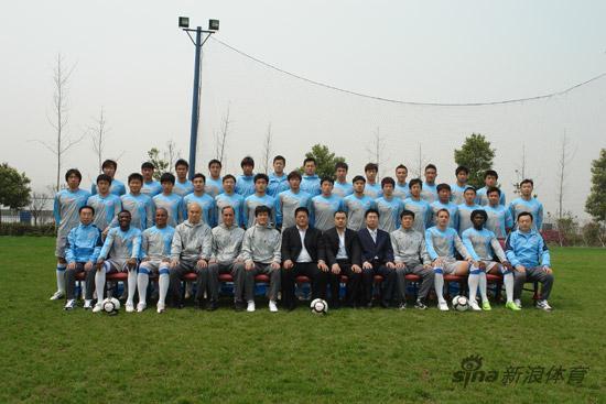 图文-2010赛季中超球队全家福长沙金德