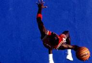 NBA老照片-芝加哥冉冉升起的新星乔丹演绎飞人传奇