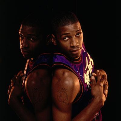 NBA老照片-你是否记得猛龙麦蒂TMAC亦有纯真一面