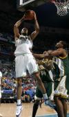 图文-[NBA]超音速88-91黄蜂钱德勒抓下篮板