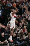 图文-[NBA]雄鹿113-117开拓者琼斯出手自信