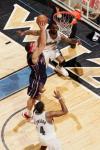 图文-[NBA]篮网89-104奇才布恩欲双手灌篮