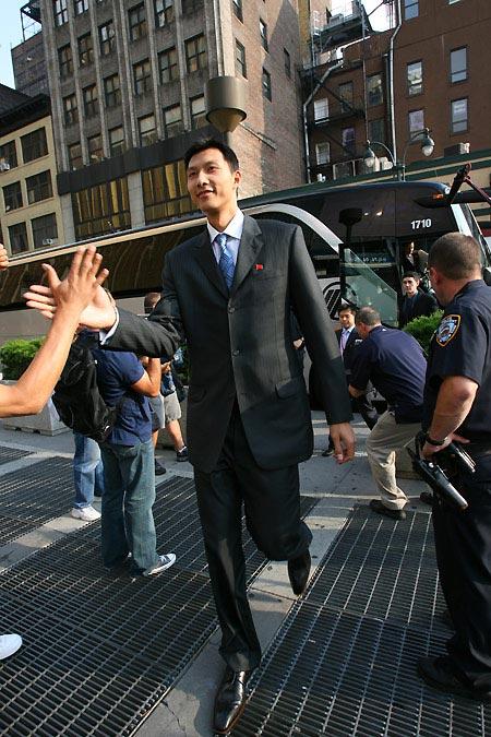 图文-易建联2007年精彩瞬间回顾抵达麦迪逊广场