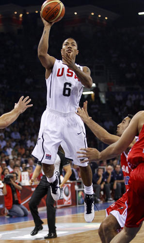 图文-[世锦赛]美国106-78克罗地亚罗斯单手抛投