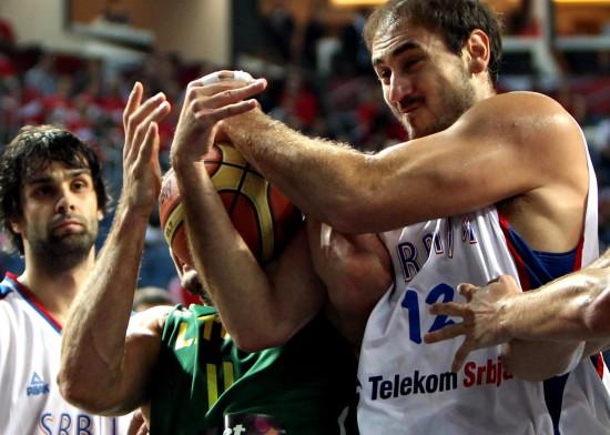 图文-[世锦赛]塞尔维亚88-99立陶宛你争我夺