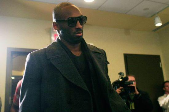 图文-NBA球员工会投票反对资方科比酷装到场