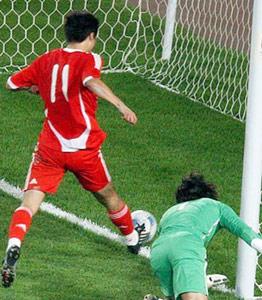 友谊赛-郜林捡漏破门何杨击中横梁中国1-0胜伊朗