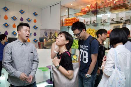 图文-JUICE_stand期限店开店盛况被店铺风格所吸引